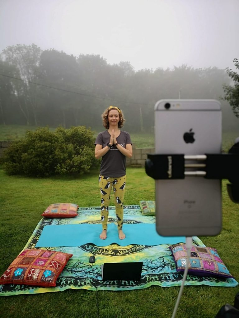 Leanne delivering online yoga teacher training